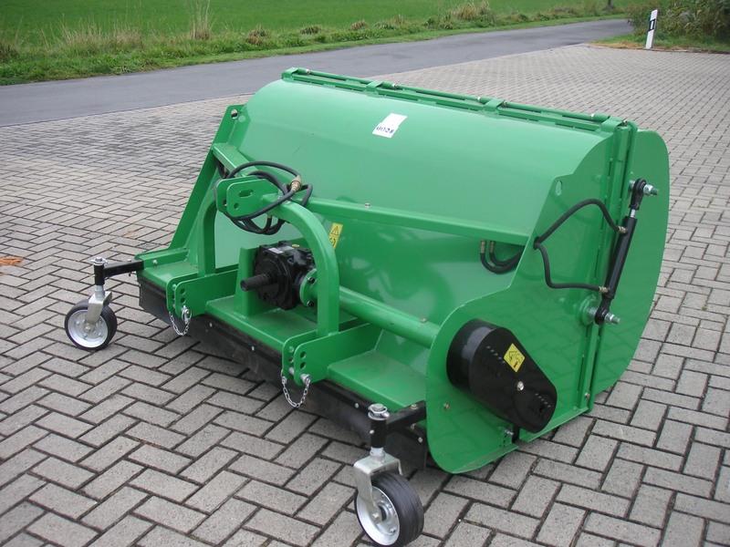 Trincia GEO FL120 peso kg 325 con Raccoglitore