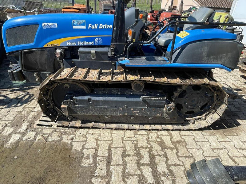 NEW HOLLAND TK4030F ANNO 2011 ORE 949 1,33 MT