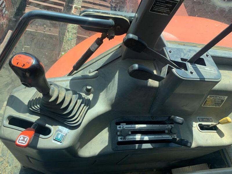 KUBOTA M108S ORE 1.700 108 CV 4X4 FRENATURA IDRAULICA 140 Q.LI-3.jpg
